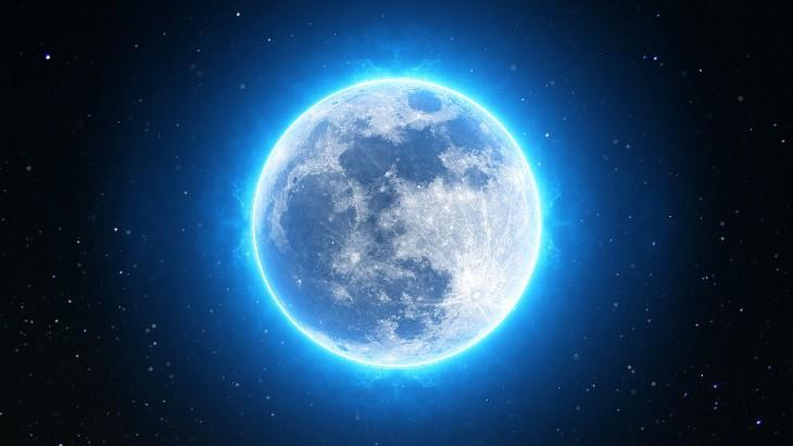 Pódcast HistorHilando T1E8: Las lunas del planeta Tierra 1